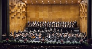 Firenze, aprile 2016. Un momento della serata inaugurale del 79mo Maggio Musicale Fiorentino all'Opera di Firenze. Il concerto diretto da Zubin Mehta con l'Orchestra ed il Coro del Maggio Musicale Fiorentino. Florence, Aprile 2016. A moment during the opening night of the 79th Maggio Musicale Fiorentino at the Opera di Firenze theatre. The concert conducted by Zubin Mehta with the Orchestra and Chorus of the Maggio Musicale Fiorentino.